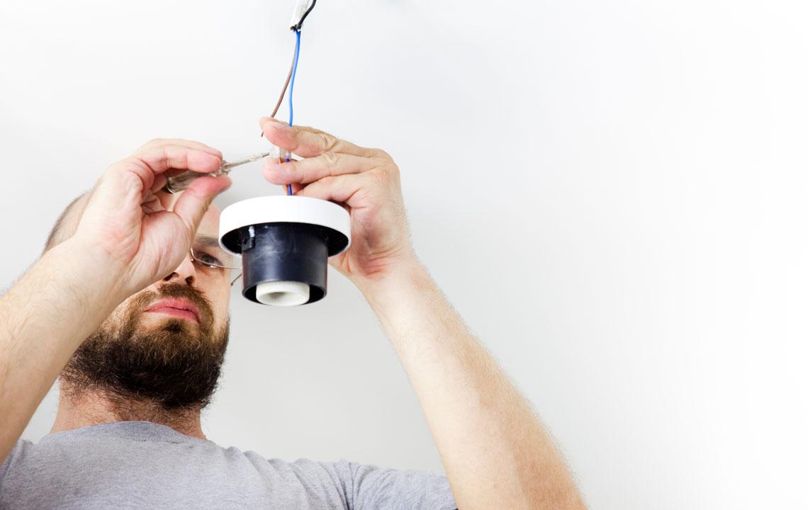 Lampen richtig anschließen & montieren - so gelingt's!