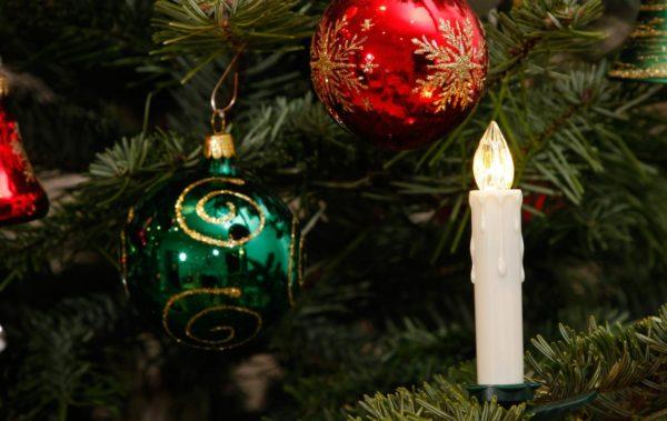 LED-Kerzen-Weihnachten