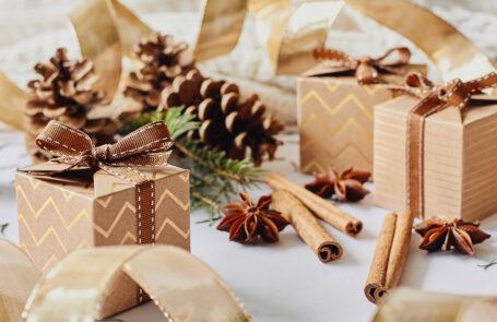 Leuchtende Geschenkideen © Olesia Bekh/Getty Images